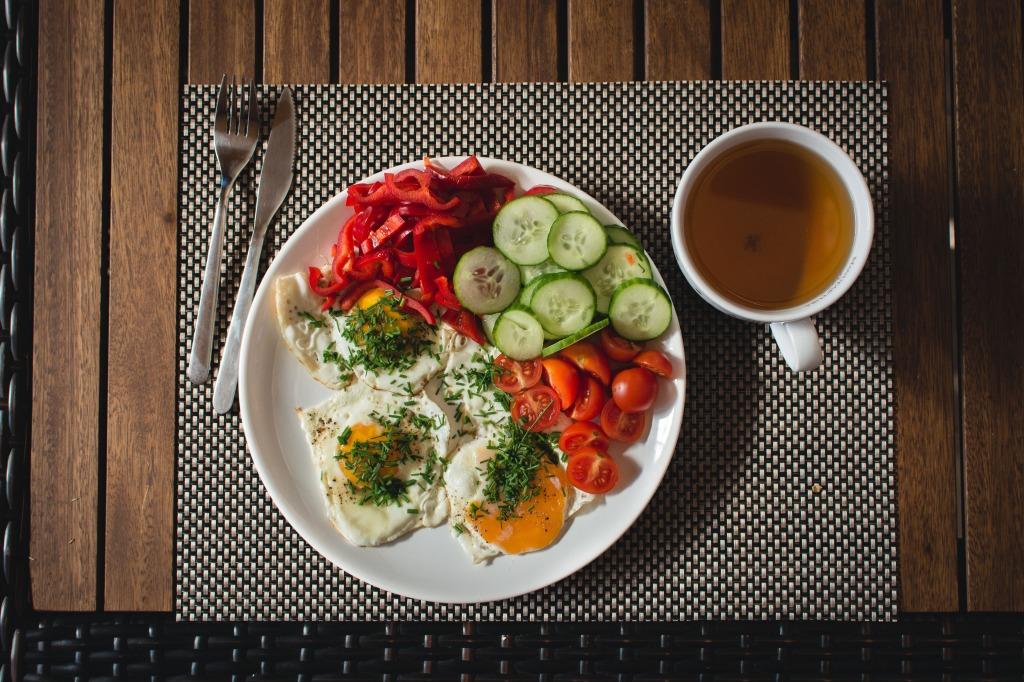foodiesfeed.com_paleo-breakfast3