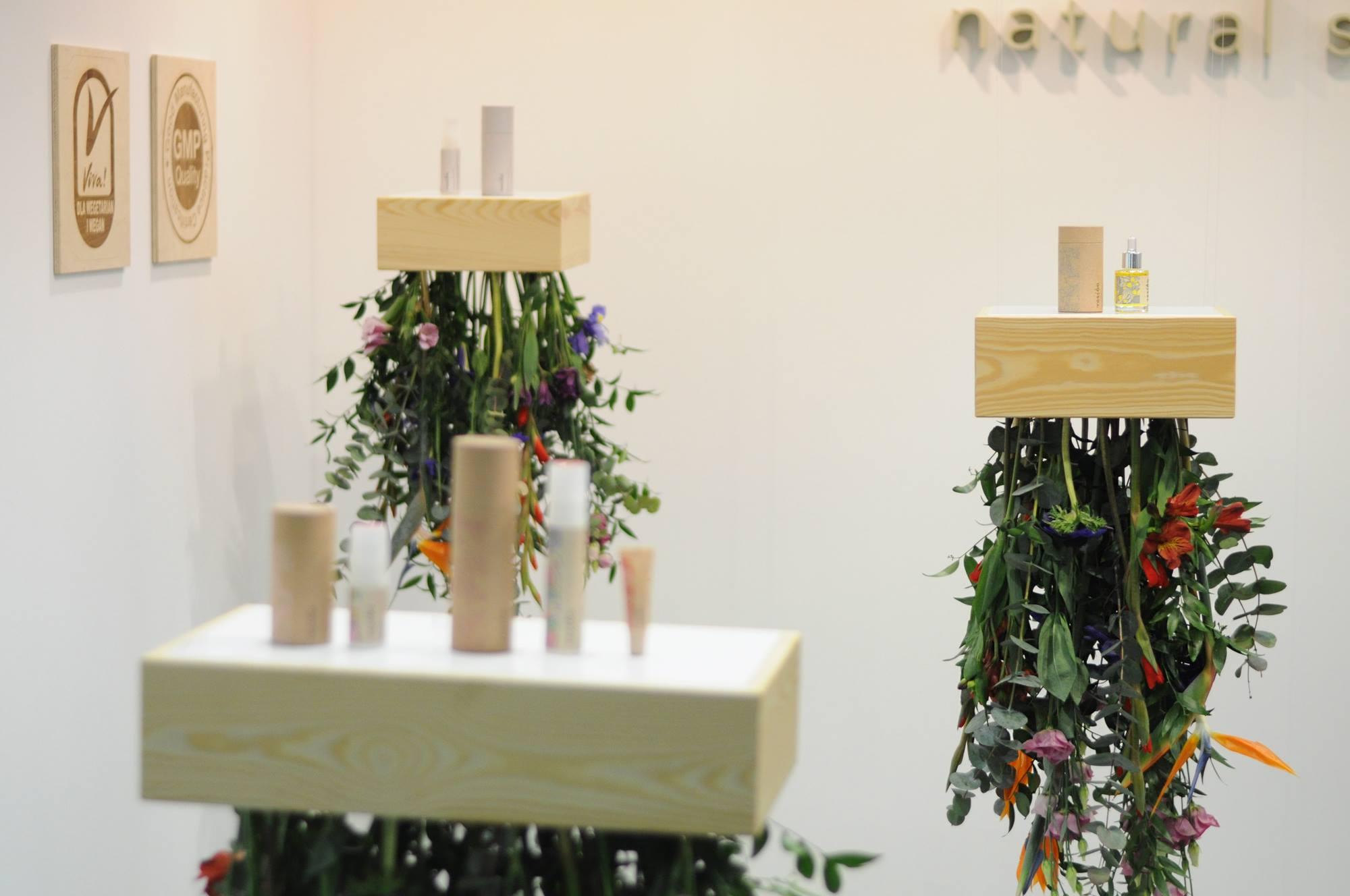 opakowania plastik tektura wisząca ekspozycja