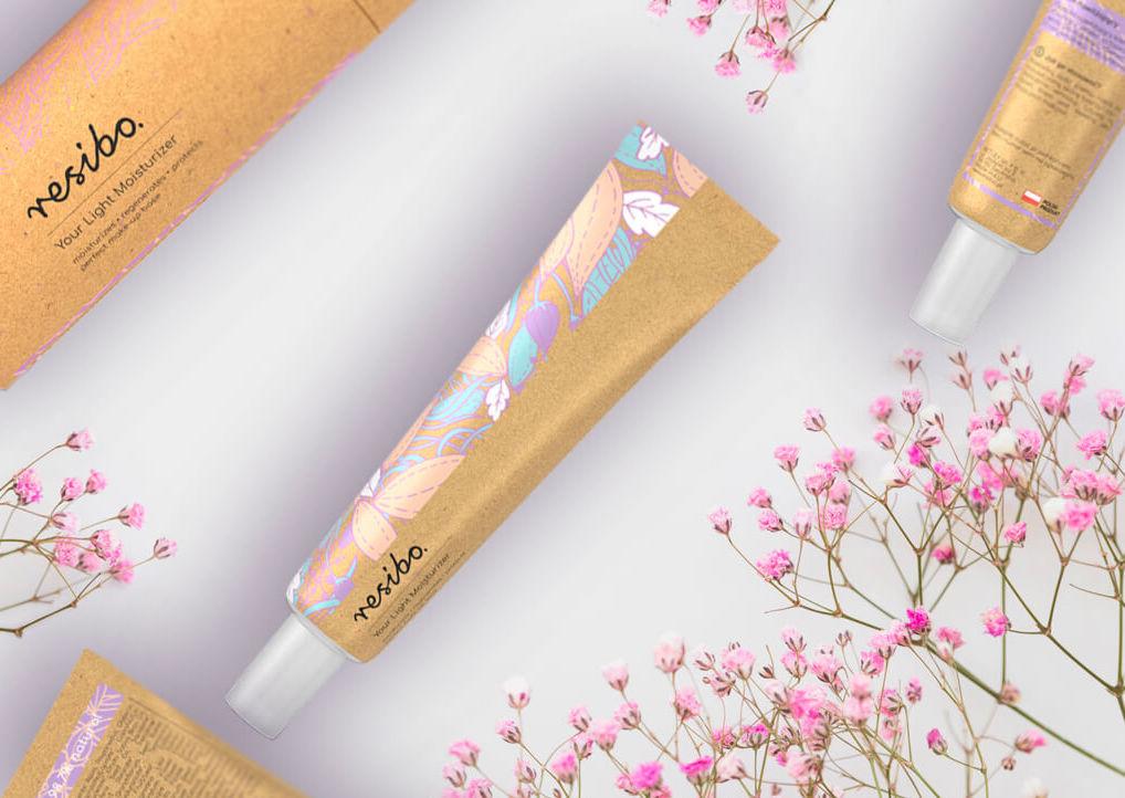 lekki krem nawilzajacy_resibo_love cosmetics awards krem w tubce z różową gipsówką