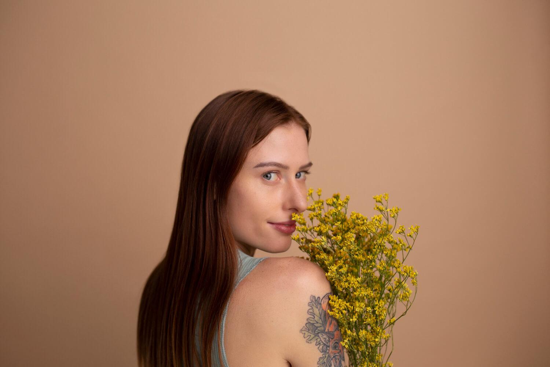 naturalny makijaż blog resibo modelka z naturalnym makijażem (1)